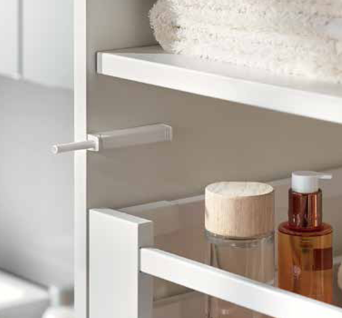 Blum TIP-ON Mechanism and Adapater Plate (Large Silk White)