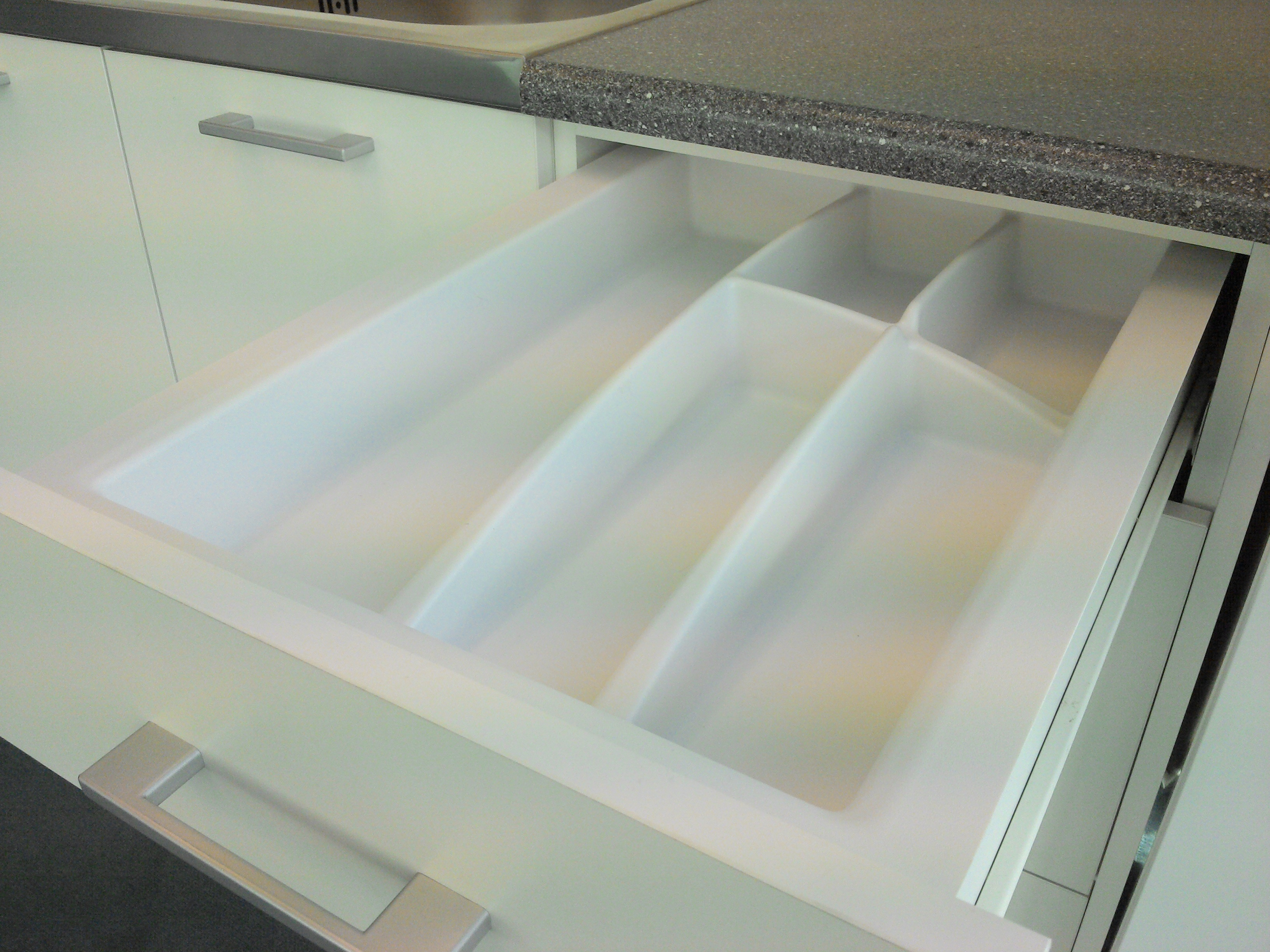 400mm wide Plastic Cutlery Insert 3 for Kitchen Drawers